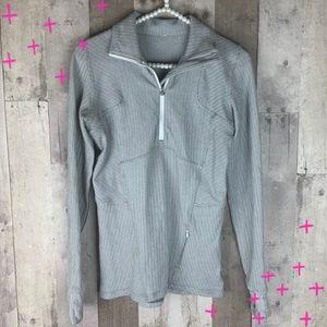 Lululemon chevron print gray and white pullover 6